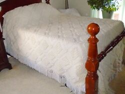 Vintage Crochet Hand Made Off White Full Queen King Bed Spread Afghan Blanket