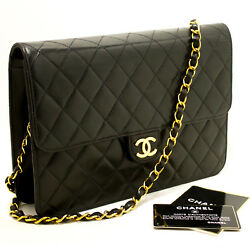 CHANEL Authentic Chain Shoulder Bag Clutch Black Quilted Flap Lambskin L33