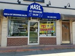 pet grooming salon and equipment