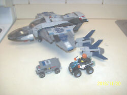 VINTAGE LEGO   space AIRPLANE2 MINI FIGURES  for PARTS RETIRED RARE