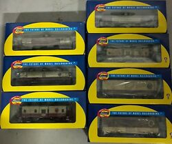 Athearn Napa Valley 8 Freight Cars 3 Boxcar 3 Tank Cars 2 Caboose And 2 Engines
