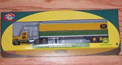 Athearn 8192 Kenworth With 45and039 Trailer John Deere