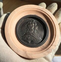 Russia .peter I The Great 1682-1725. Bronze Medallion In Ceramic Frame 1882