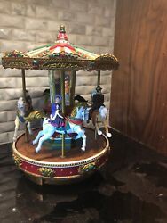 Mr Christmas Holiday Merry Go Round Animated Carousel Plays 50 Songs 1996