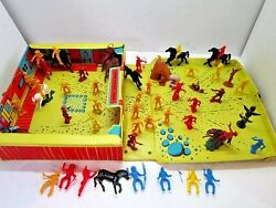 Vintage 1969 Multiple Products Mpc Fort Tote-a-way Cowboys Indians Play Set Toy