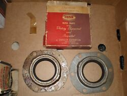1937-40 Chrysler Imperial C15 C20 C24 Custom Dodge Truck Rear Wheel Seals 891440