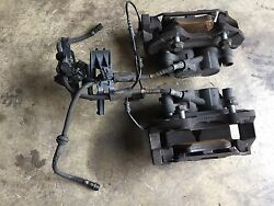 2006 Mercedes R350 Front Left Right Brake Calipers Used