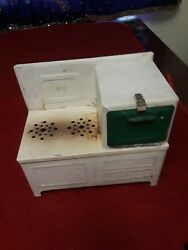 Vintage Empire Electric Stove Oven Child Toy Metal 8.5 Tall X 9.5 W