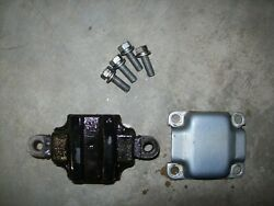 Yamaha 40hp 50hp Lower Mount Dampener And Cover 1992 Outboard Boat Motor