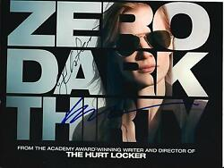 Kathryn Bigelow And Jessica Chastain Signandeacute Zero Foncandeacute Thirty 8x10 Photo