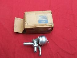 1967-68 Lincoln Continental Heater Control Valve, Nos C7vy-18495-a Water