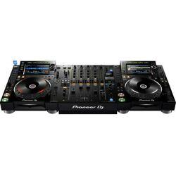 Pioneer CDJ-2000 NXS2 Pro-DJ Multi-Player Nexus 2- with DJM-900 NXS2 Mixer