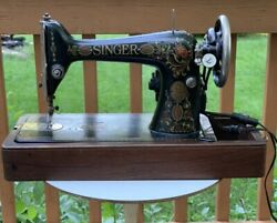 Singer Sewing Machine Made 1920 With Case And Works G8023264 Vintage