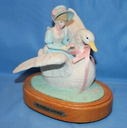 Vintage House Of Lloyd Mother Goose Ceramic Wood Music Box It's A Small World