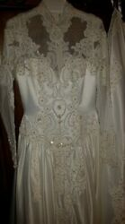 New Ivory Wedding Dress Vintage Style Long Sleeve Lace Up Cathedral Train 76
