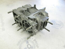 862-7713a2 Fits Mercury 4 40 Hp Outboard Cylinder Block Crankcase Nos