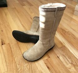 Ugg tall leather boots Swell design color: cream size 7