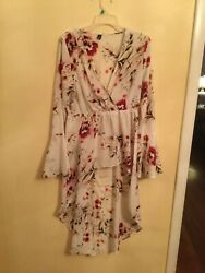 Ladies Shirts Xl High Low Shirt Like The Dresses But This Is Shirt One Of A Kind