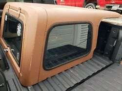 Jeep cj7 hard top Nutmeg color and doors complete with Nutmeg panels