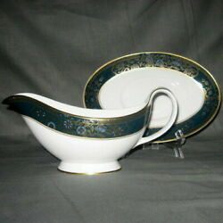 Royal Doulton Carlyle Gravy Boat W/ Underplate