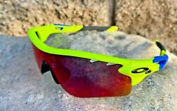 NEW Oakley Sunglasses Radar Lock Retina Burn Blue Red Lens Tinkoff Cycing RARE $225.00