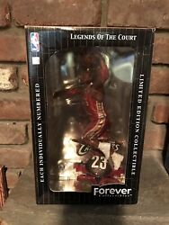 Lebron James Rookie 2003 Red Dribbling Cavs Bobblehead Legend Of Court Htf