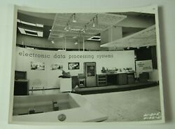 1961 Ncr Computer Trade Show Photo 8x10 Electronic Data Processing Mcm 61-31-5