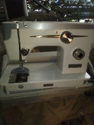 Dressmaker 555ss Sewing Machine And Case Not Working For Parts See Pics