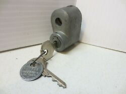 Nos Chrysler Ford 1930and039s 1940and039s Spare Tire Lock W/ Hurd Keys Factory Code Tag