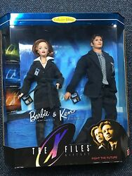 Barbie And Ken As Agents Scully And Mulder Fbi Agents Dolls 1998 Nrfb