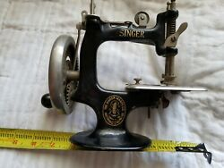 Collectible Vintage Childs Wood Handled Cast Iron Singer Sewing Machine