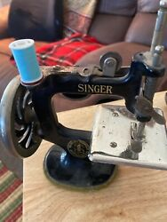Antique And Vintage Childs Sewhandy Cast Iron Singer Sewing Machine