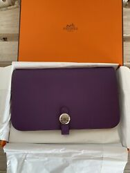 Hermes Collector New in Box Ultraviolet Dogon Wallet with Receipt $2200