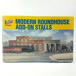 Walthers 2005 Modern Roundhouse Add-on Stalls N Scale Structure Kit 933-3261 New