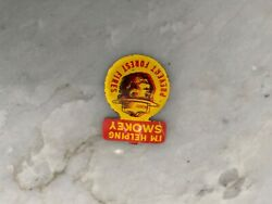 """Vintage C1940's Smokey The Bear """"i'm Helping Prevent Forest Fires Tin Pin Badge"""