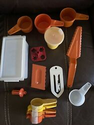 Mixed Lot Of 15 Vintage Tupperware Kitchen Tools Gadgets, Measuring Spoons