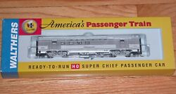 Walthers 932-9007 Budd 63and039 Railway Post Office Santa Fe Super Chief 89-98 Series