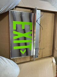 Cooper Lighting Mirrored Exit Sign W/ Green Letters Arrow Right Es7270gmarlc