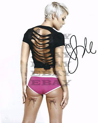 Alecia Beth Moore And039pinkand039 Autographed Signed 8x10 Photo Reprint