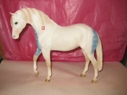 Breyer Collectible quot;LAKOTA PONY WAR PARTY LEADER #869
