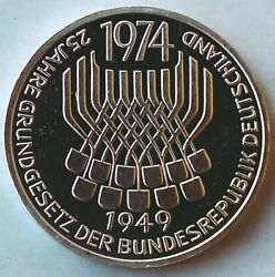 5 Mark 1974. Constitution Law - Commemorative Silver Coin, Germany - Top
