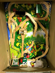 Vintage Thomas The Tank Engine Lift And Load Train Set On Playboard Lc99447 New