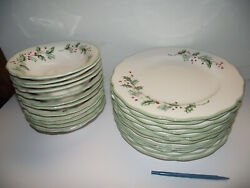 12 Ech Dinner Plate Andcereal Bowl Holly Berry St Nicholas Square Christmas Dishes