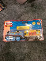 2011 Wooden Railway Birthday Thomas And Musical Caboose Lc98117 Real Wood New