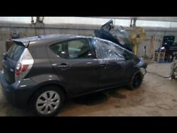 Driver Caliper Front Prius C Vin B3 7th And 8th Digit Fits 12-18 Prius 3728680