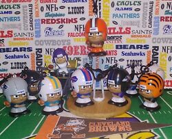 Nfl Teenymates Cleveland Browns Qb New/opened Candy Dispenser W/carabiner 3-in