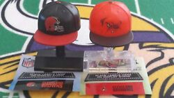 Nfl Mad Lids Series 1 And 2 Cleveland Browns 2-pack 2 Caps/stands Teenymates
