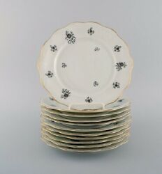Kpm, Denmark. 11 Rubens Lunch Plates In Porcelain With Floral Motifs, Gold Edge