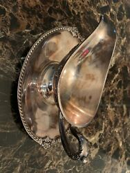 Vintage Wickford Silver Plated Gravy Boat And Tray