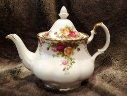 Royal Albert Old Country Roses Teapot 6 Cup Bone China England Unused Doulton